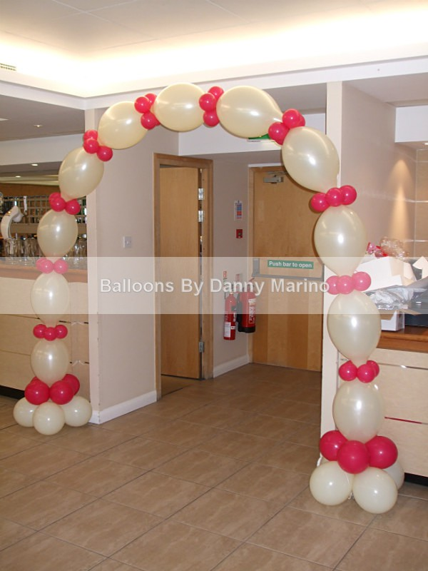 Quick link arch - Wedding Balloon Photos