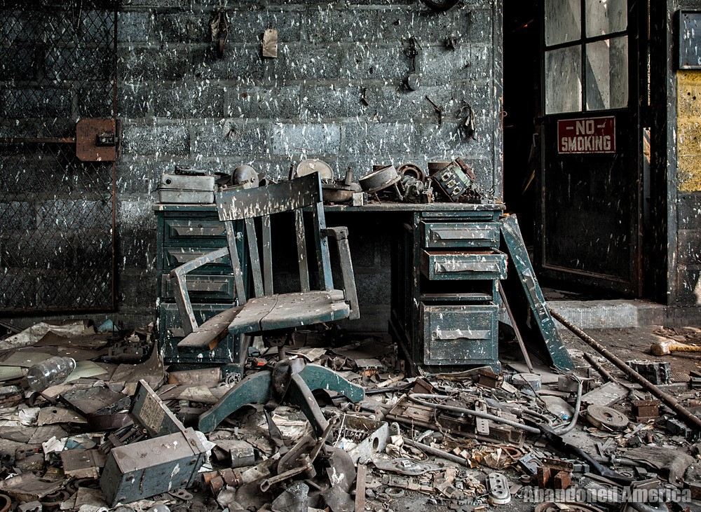 St. Nicholas Coal Breaker (Mahanoy City, PA) | Messy Office - St. Nicholas Breaker