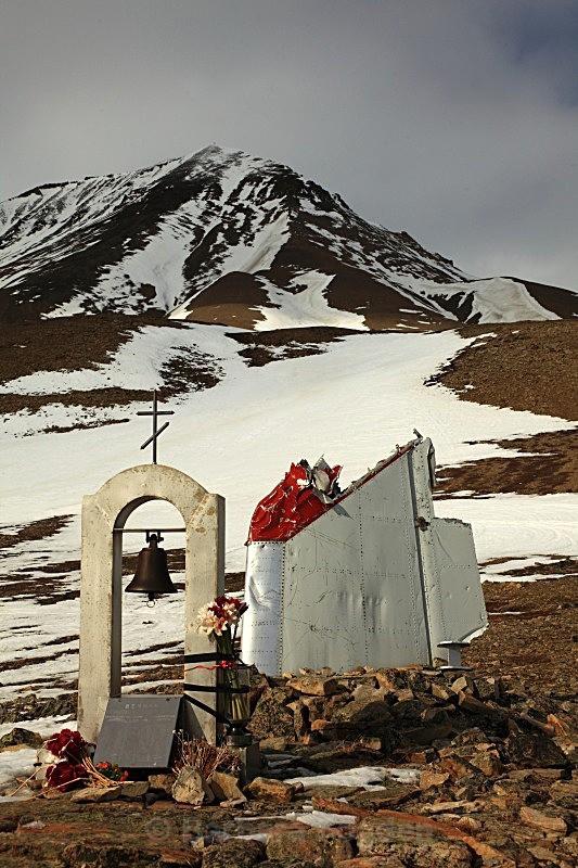 Operafjellet 6915 - Winter in the daylight
