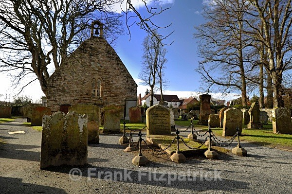The Auld Kirk, Alloway, Ayrshire. - Robert Burns