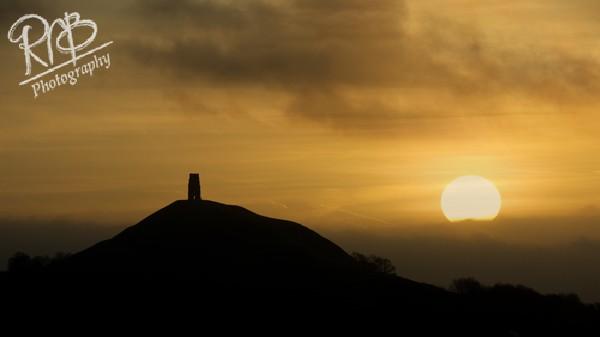 Glastonbury Tor Sunrise - Wiltshire & West Country Landscapes