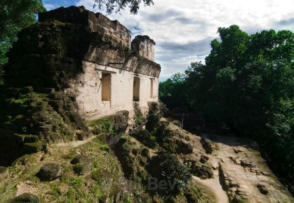 Central Acropolis - Tikal