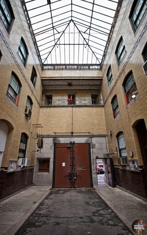 Entry building, Holmesburg Prison, Philadelphia PA | Abandoned America by Matthew Christopher