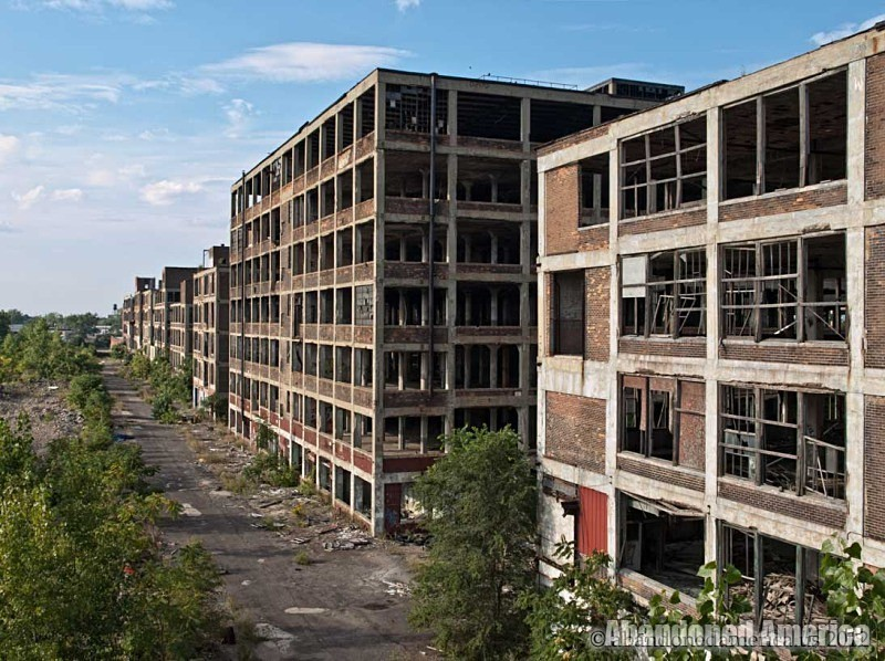 The Remains of Detroit's Packard Motor Car Company | Abandoned America