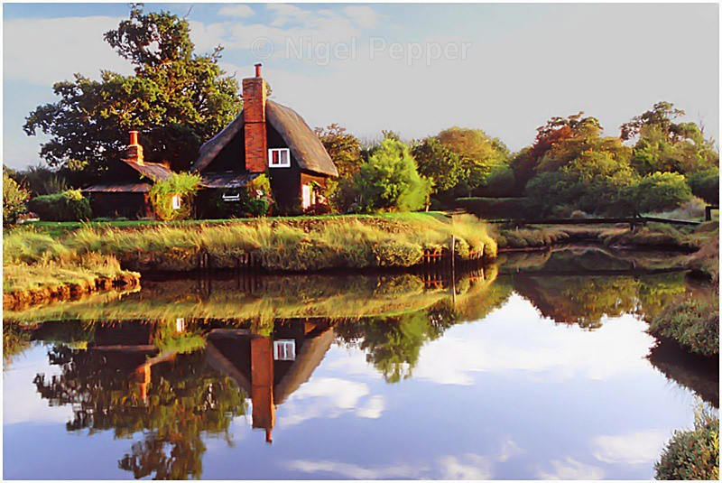 The Thatched Cottage - Walton and Kirby Backwaters