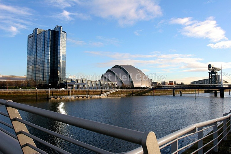 The Moat House Armadillo & Finnieston Crane, Glasgow - Cities & Towns