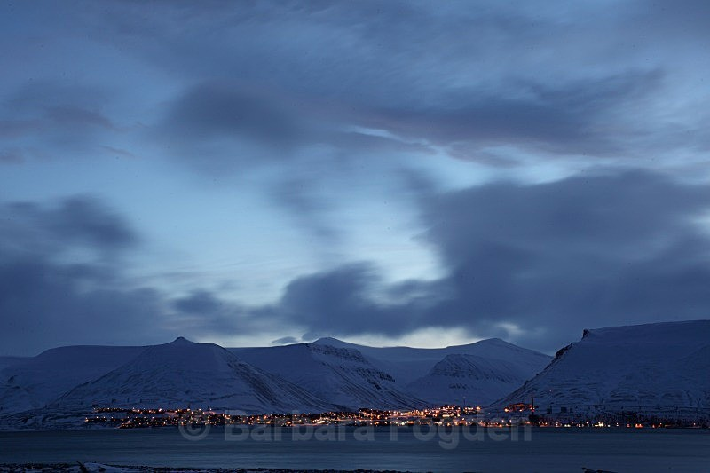 Longyearbyen 3094 - Colours of Svalbard