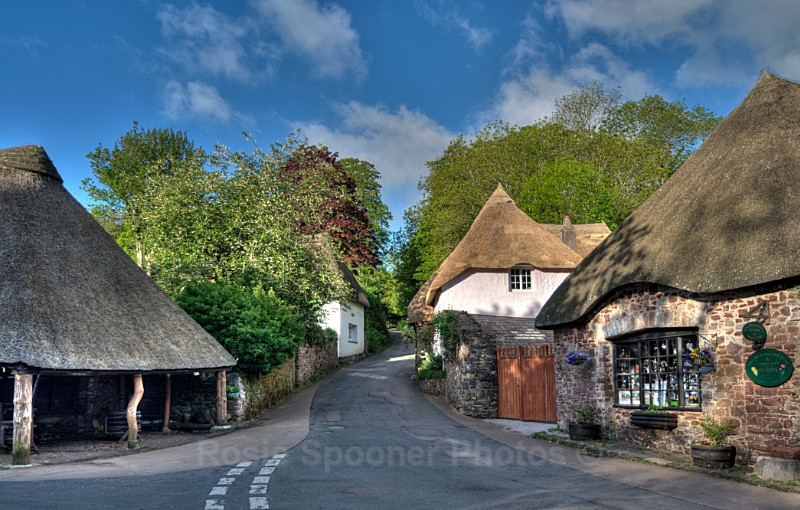 TQ58 Cockington Forge and Thatched Cottages Torquay - Greetings Cards Cockington