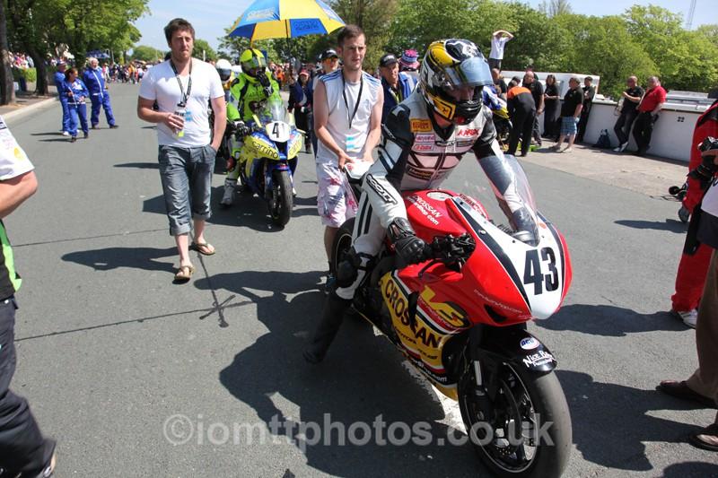 IMG_0620 - Senior TT - Start Line