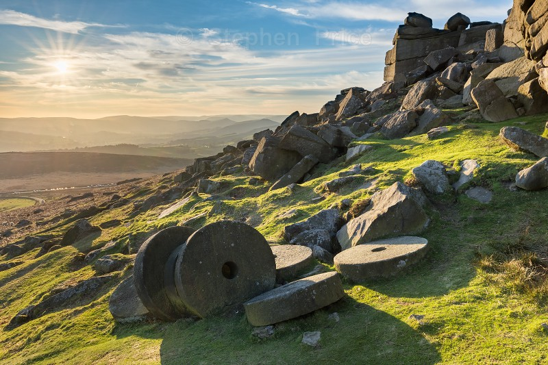Stanage Edge Millstones | Peak District Sunset