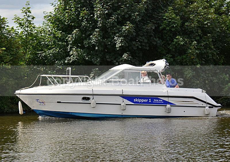 140730 SKIPPER 1 CCDSC_2807 - River Launches