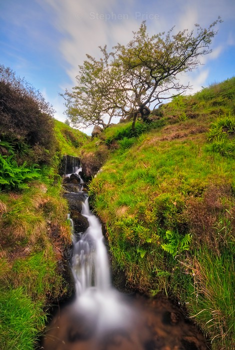 Golden Clough | Waterfall Location in Peak District Park