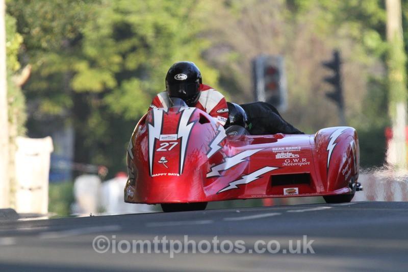 IMG_5527 - Thursday Practice - TT 2013 Side Car