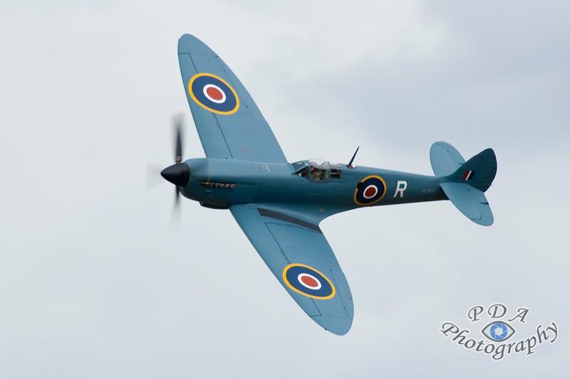 26 Supermarine Spitfire PR XI
