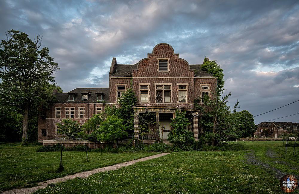 Pennhurst State School (Spring City, PA) | Limerick Hall by Night - Pennhurst State School and Hospital