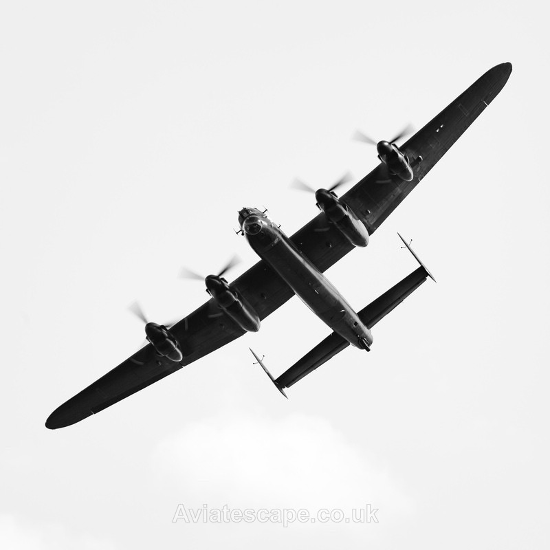 Avro Lancaster_1741 - World War Two