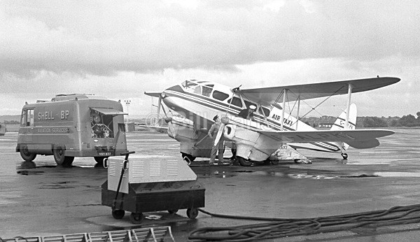 Prestwick Airport Air Taxi 1960 - Archive.