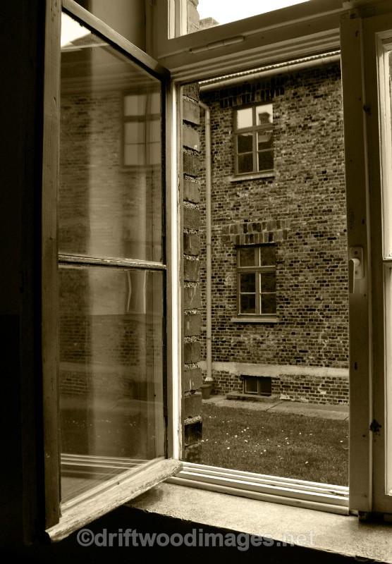 Auschwitz window sepia - Auschwitz/Birkenau