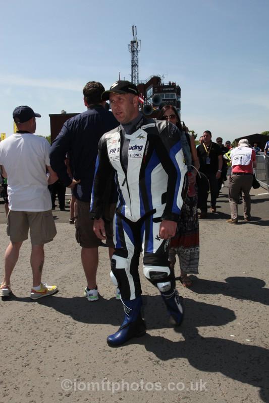 IMG_0429 - Senior TT - Start Line
