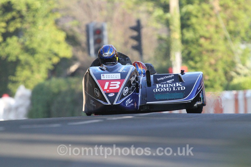 IMG_5460 - Thursday Practice - TT 2013 Side Car