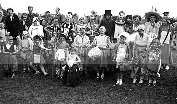 Larkhall Gala Day - Archive.