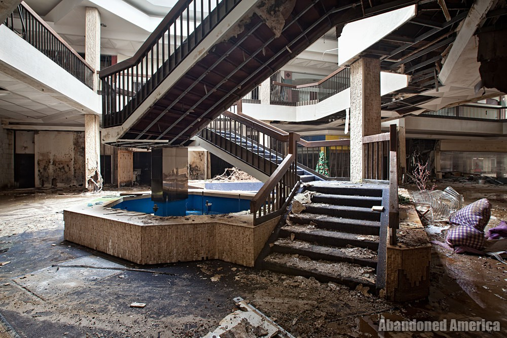 Randall Park Mall (North Randall, OH) | Grimy Stairs - Randall Park Mall