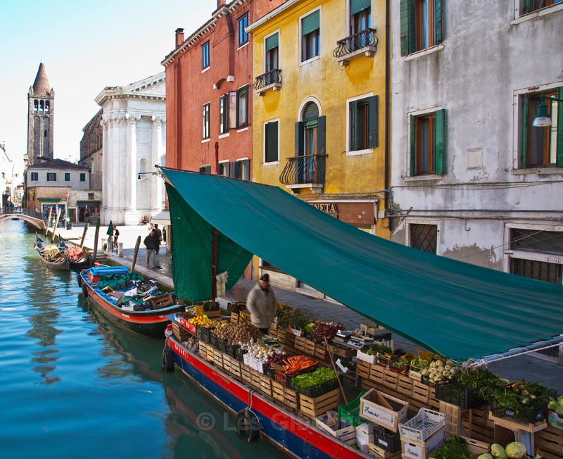 san barnaba barge - Venice