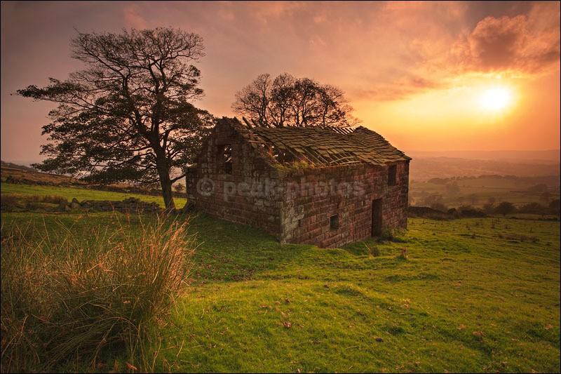 Roach End Barn - Peak District | Dark Peak