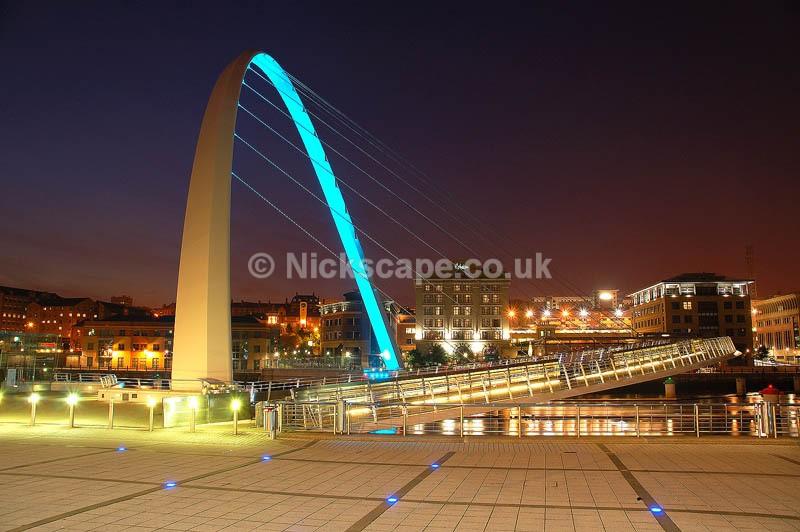 Newcastle Gateshead Millennium Bridge | Architecuture Photography by Nick Cockman