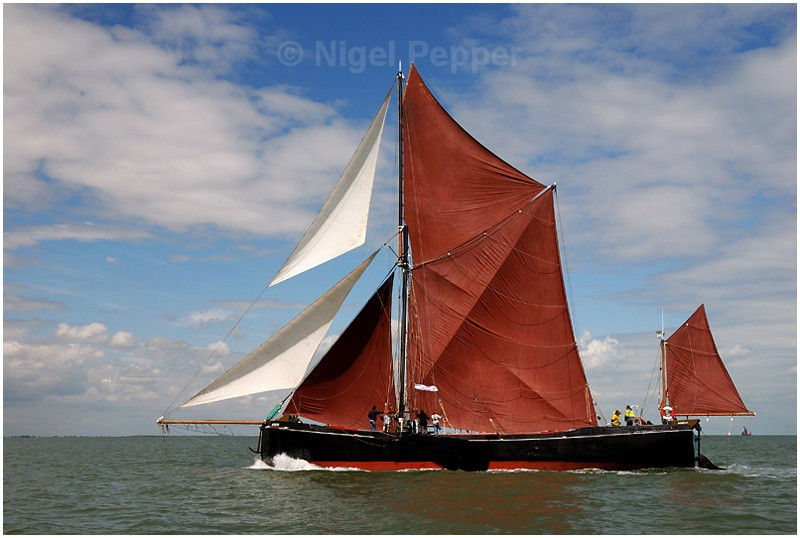 SB Adieu ( 3 ) - The Thames Barge Match