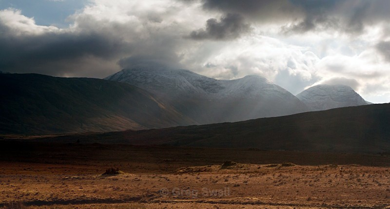 Connemara Mountains - Landscapes of Ireland - County Donegal and the Wild Atlantic Way