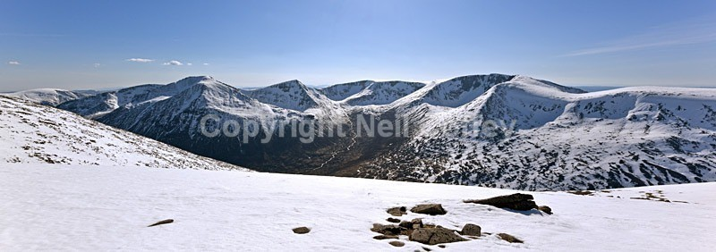 Cairn Toul, Sgor an Lochain Uaine & Braeriach, Cairngorms - Panoramic format