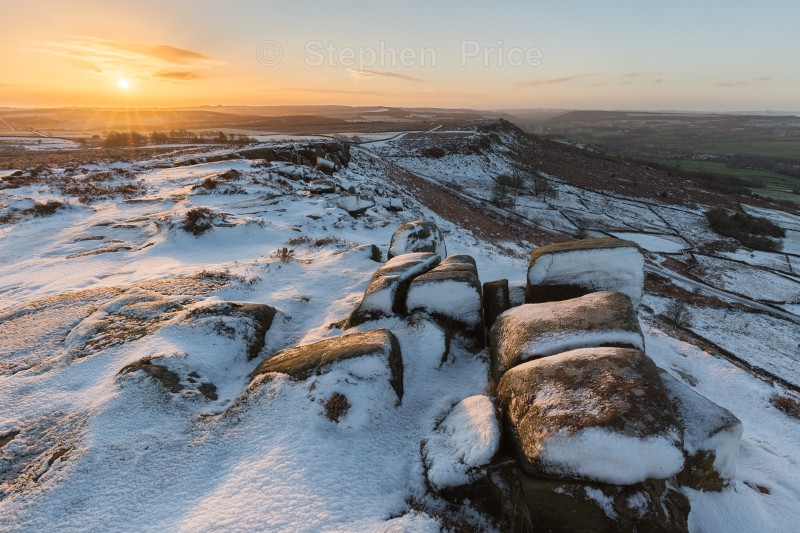 Peak District Winter Photos | Curbar Edge Sunrise Snow