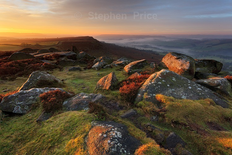 Beautiful Misty Morning | Curbar Edge | Peak District
