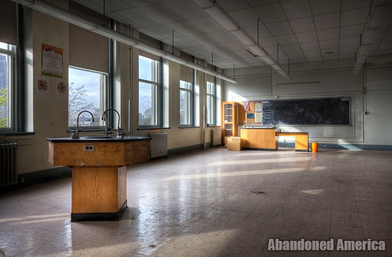 Schenley High School (Pittsburgh, PA) | Lone Desk - Schenley High School