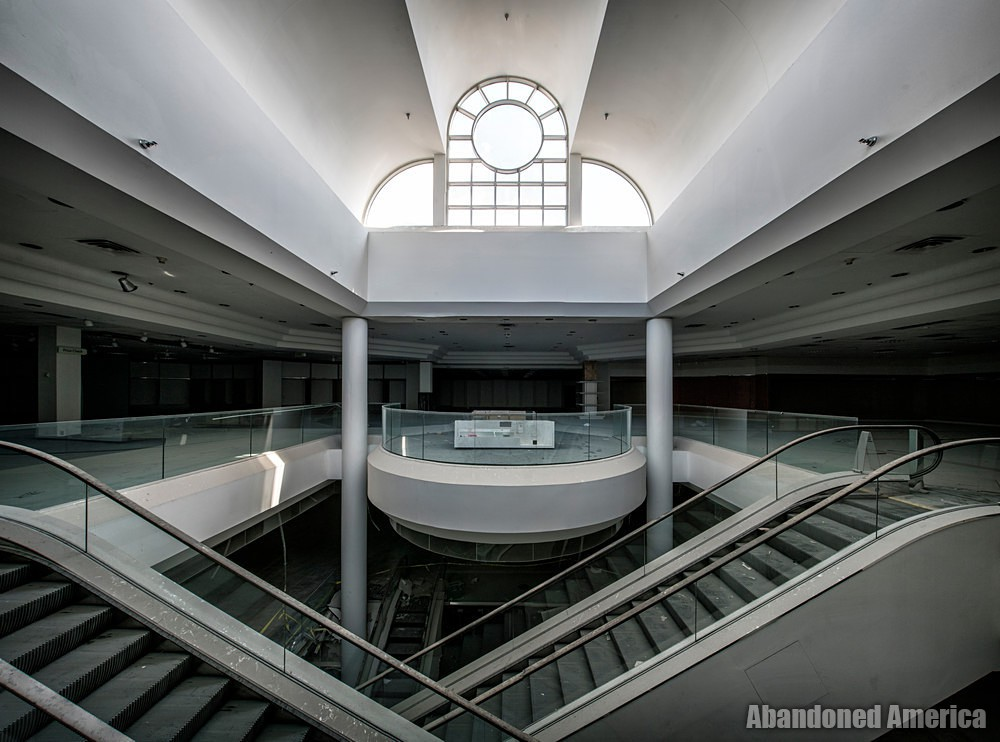 Owings Mills Mall (Owings Mills, MD) | Macy's Penthouse - Owings Mills Mall