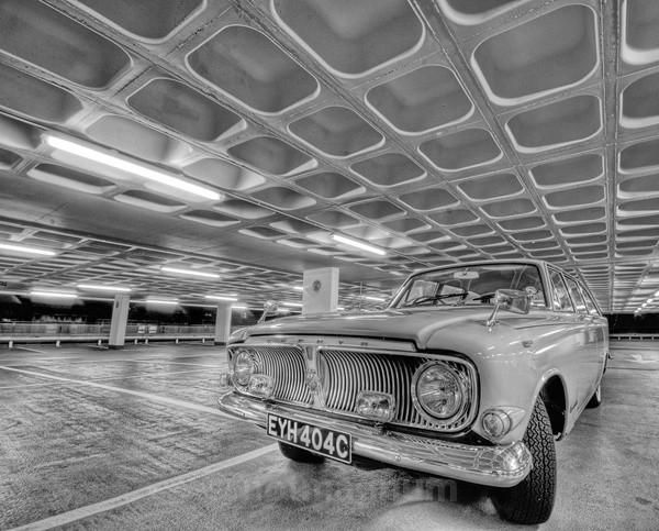 1965 Zephyr in mono - AUTOMOBILES