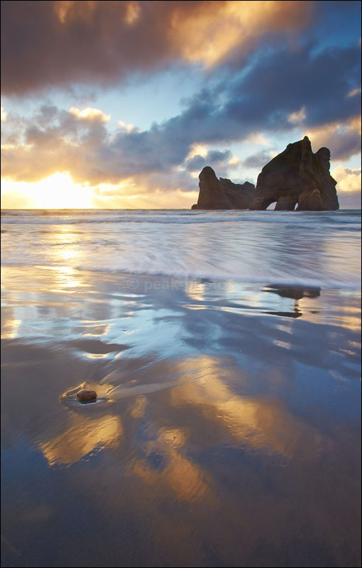 Wharariki Beach, Golden Bay - Photographs of New Zealand