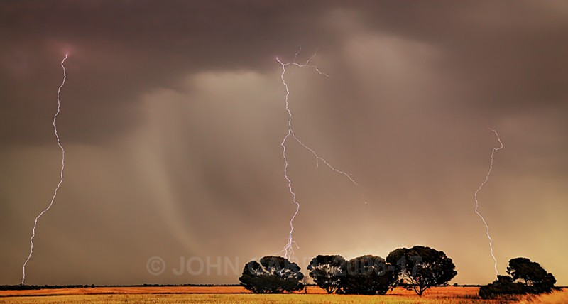 Three Strikes-2404_0_2-HDR - LIGHTNING STORMS IN SOUTH AUSTRALIA 5th NOV 2012