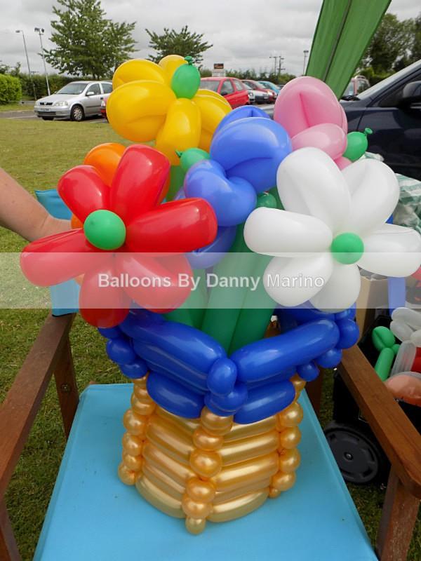Balloon flowers - Balloon Sculptures