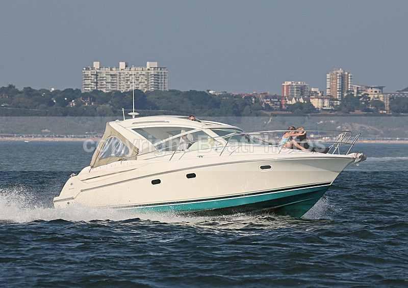 130905 TRANQUILLITY JEANNEAU PRESTIGE 30 WT7A4641 - Motorboats - Open