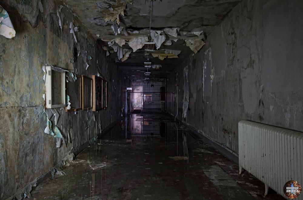 the darkest passage - Blackgate Prison*