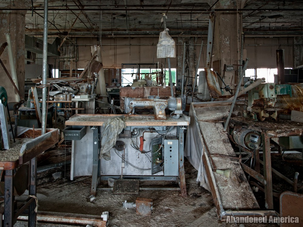 Lebow Brothers Clothing (Baltimore, MD) | Singer Sewing Station - Lebow Brothers Clothing Company