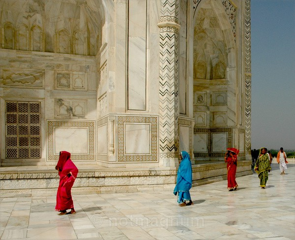 Papped at the Taj - TRAVEL