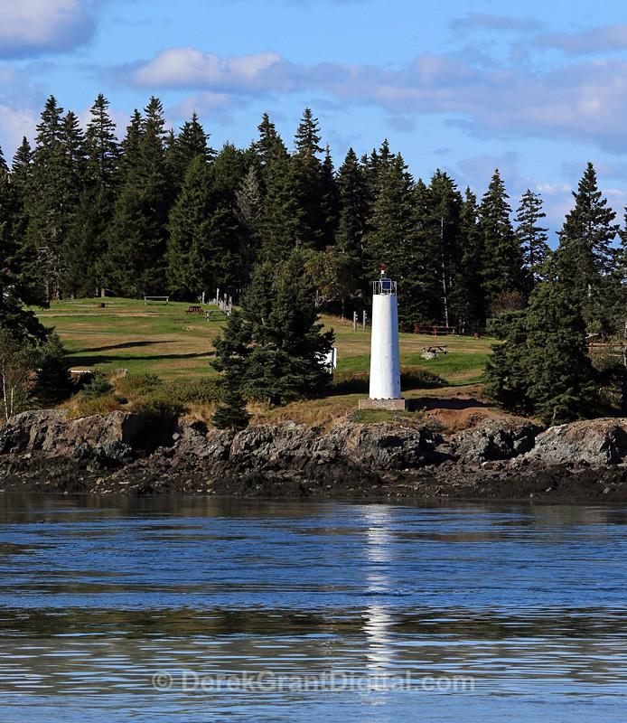 Deer Island Light - Lighthouses of New Brunswick