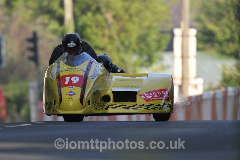 IMG_5497 - Thursday Practice - TT 2013 Side Car