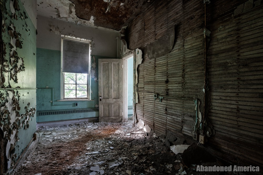 the weaknesses that defined me - Darbyville State Hospital*