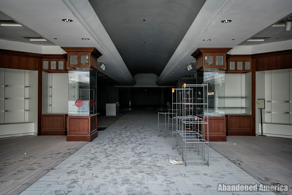 Owings Mills Mall (Owings Mills, MD) | Cleared Out - Owings Mills Mall