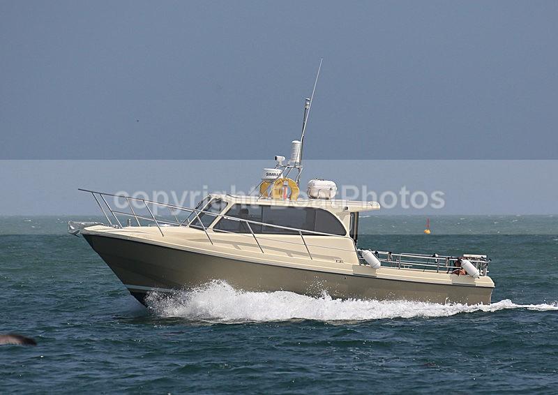 130721 E V GRACE WT7A0684 - Motorboats - Hardtop