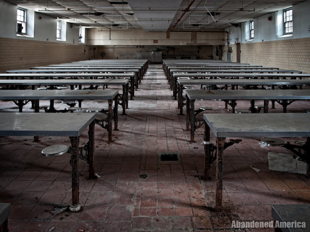 Essex County Jail Annex (Caldwell, NJ) | Cafeteria - Essex County Jail Annex